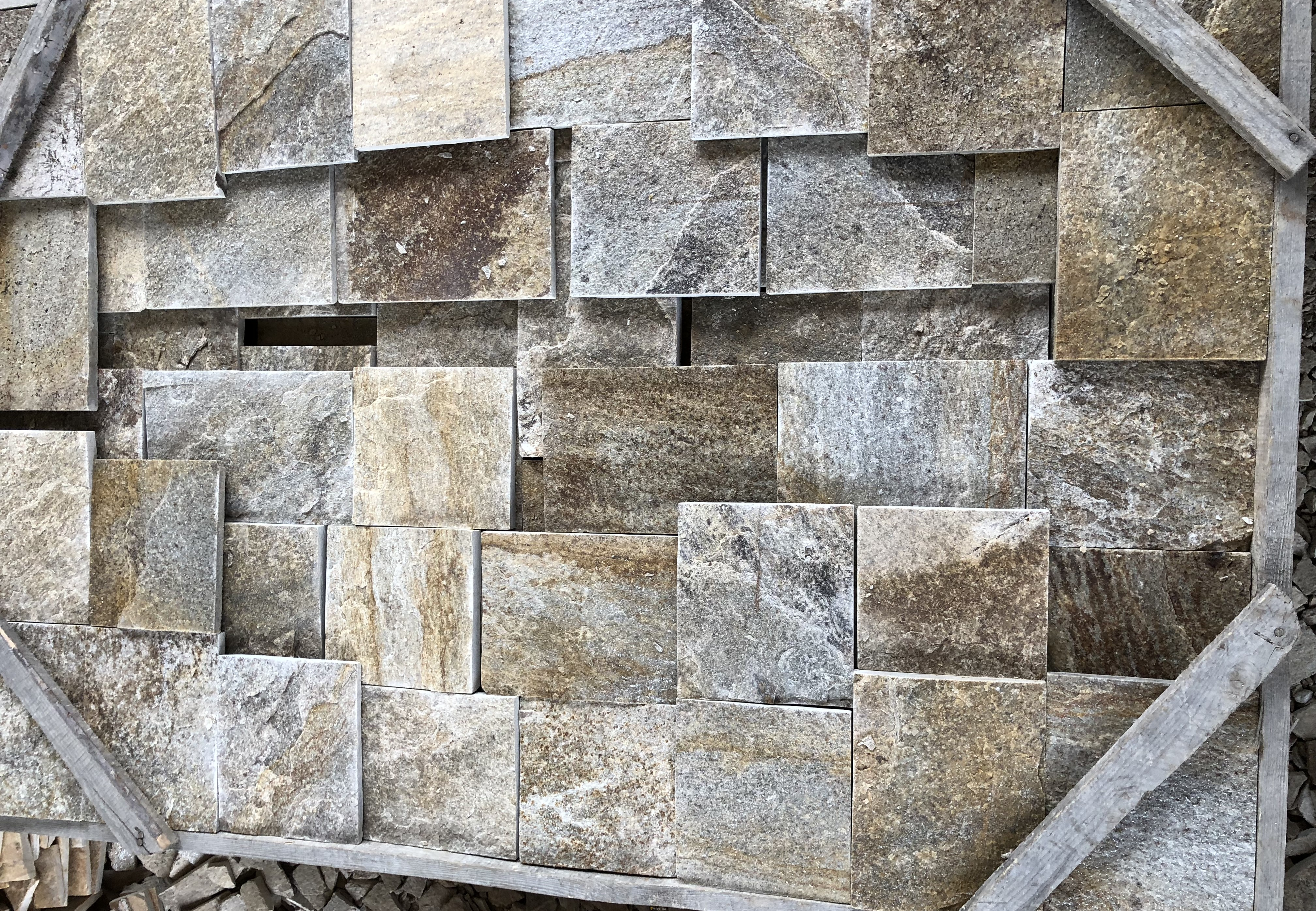 Dimensioned Elements Beige - natural stone Gneiss